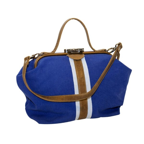 Street Style Doctor Bag